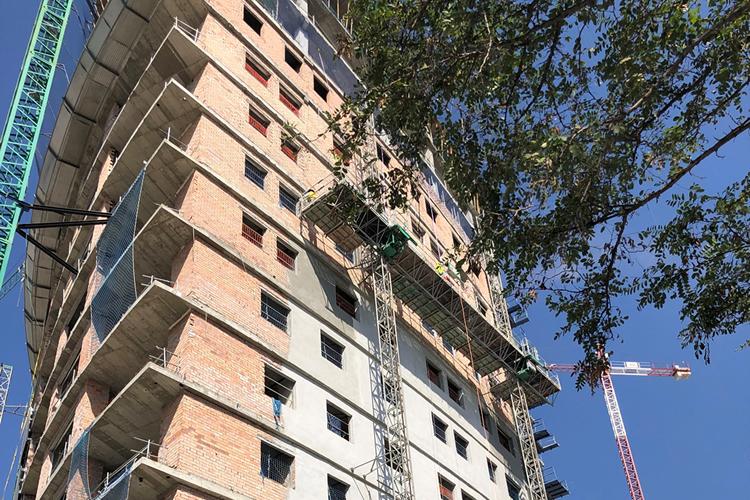 Edificio Navis-Teatinos (Málaga)